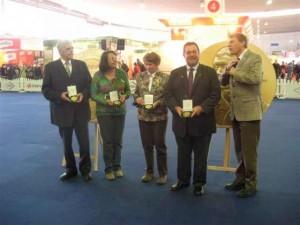Überreichung der Ehrenmedallien auf der Veranstaltung Hund & Pferd ind Dortmund 2011